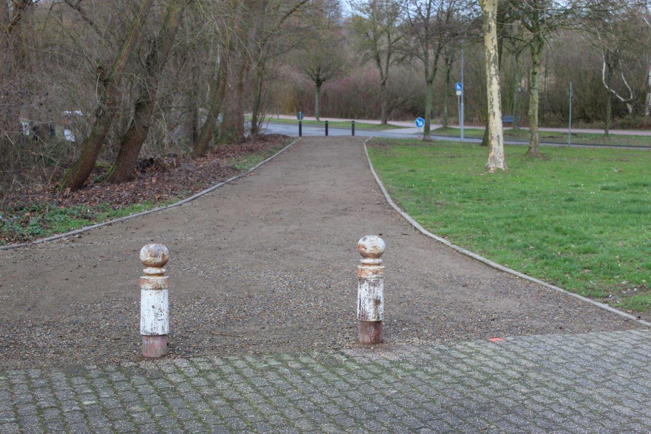 Wegsanierung-Moerikestraße-Parkplatz-Angelweiher2018-12